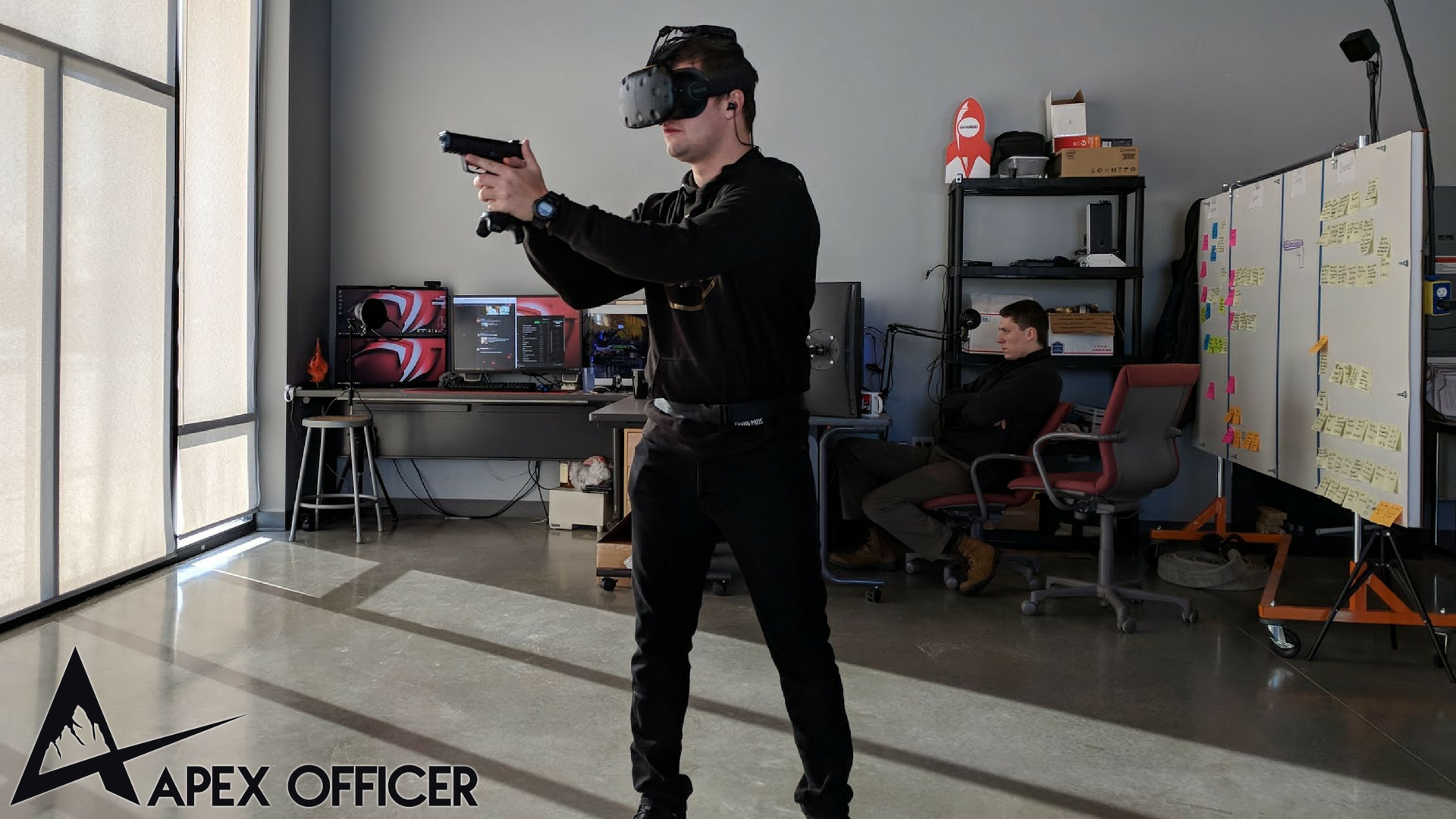 Demoing APEX Officer's wireless virtual reality training platform featuring TPCast.